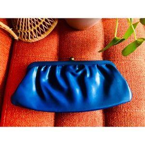 🌼NewToCloset Snap Closure Handbag Blue Clutch